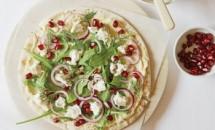Pizza cu hummus