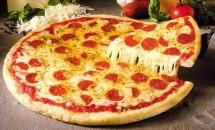 Pizza in stil sicilian