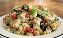 Salata rapida cu pui, morcov, porumb si telina