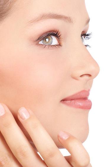 10 remedii naturale pentru acnee