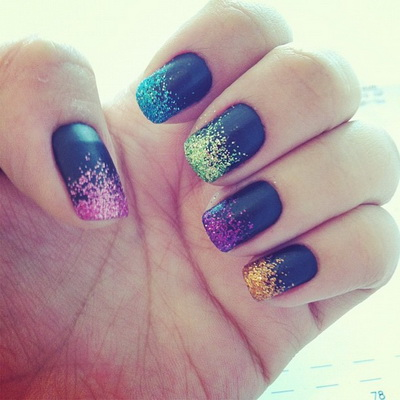 unghii cu sclipici