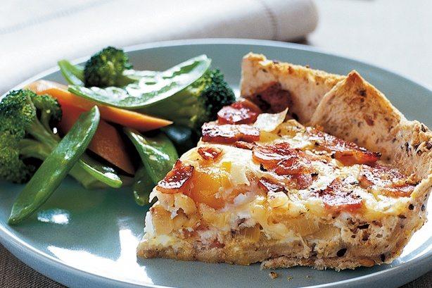 Placinta cu ou si bacon