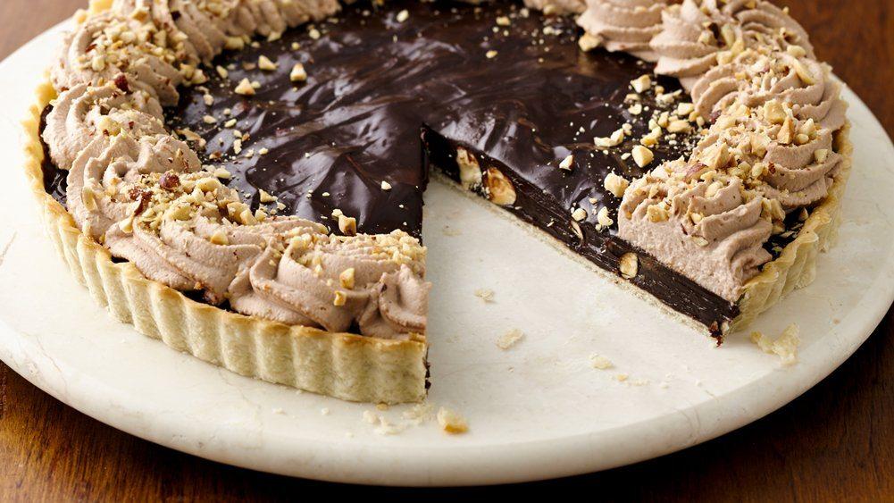 Tarta cu ciocolata si alune de padure