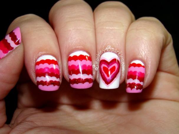 Modele de unghii cu inimioare