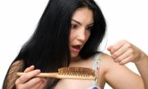 Principalele cauze ale caderii parului la femei