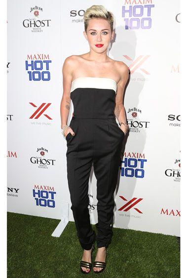 Miley Cyrus in salopeta