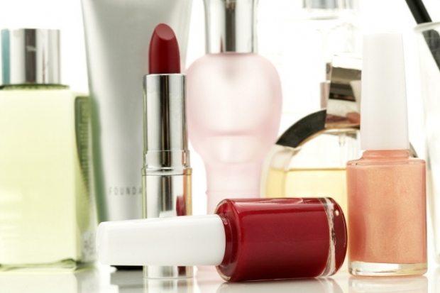 Cand expira produsele cosmetice mai exact