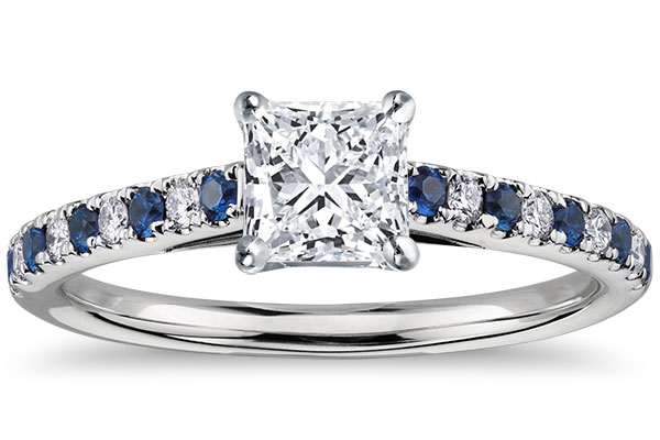Inel de logodna cu diamante si safire albastre