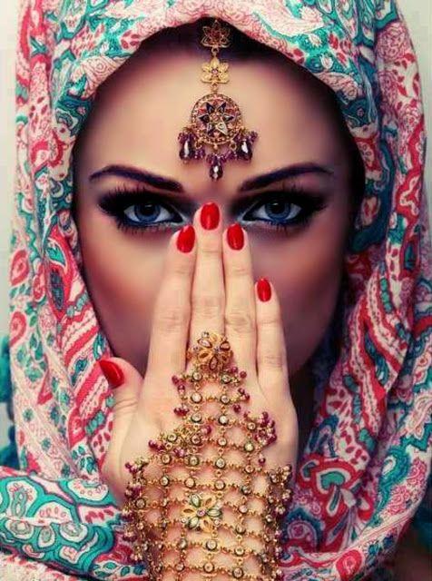 Machiaj arabesc