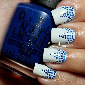 Model unghii cu puncte polka