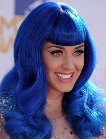machiaj in stilul lui Katy Perry