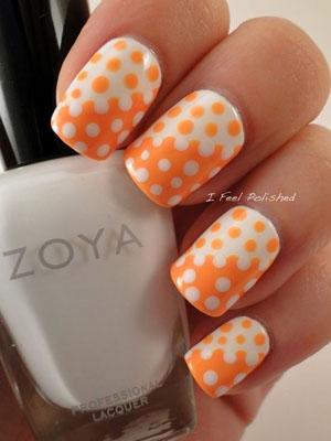 puncte polka pe unghii