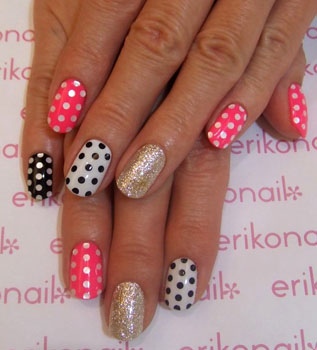 unghii cu modele de puncte polka
