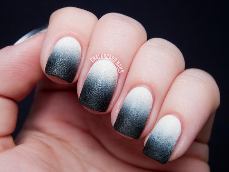 Model unghii ombre alb cu negru