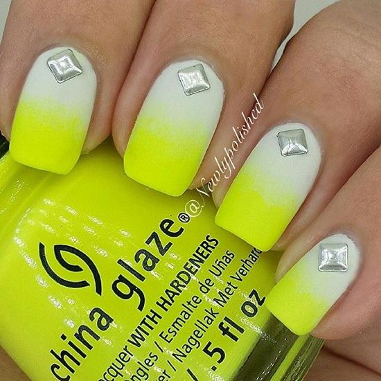 model de unghii galben neon