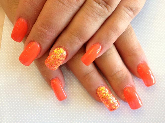 unghii portocalii primavara