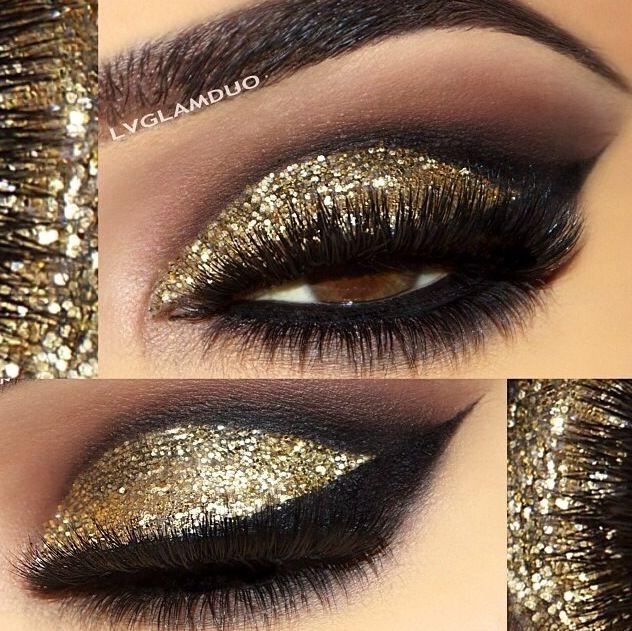 Machiaj smokey eyes cu auriu si sclipici