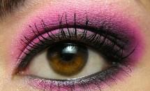 Tutorial pentru realizarea unui machiaj smokey eyes roz