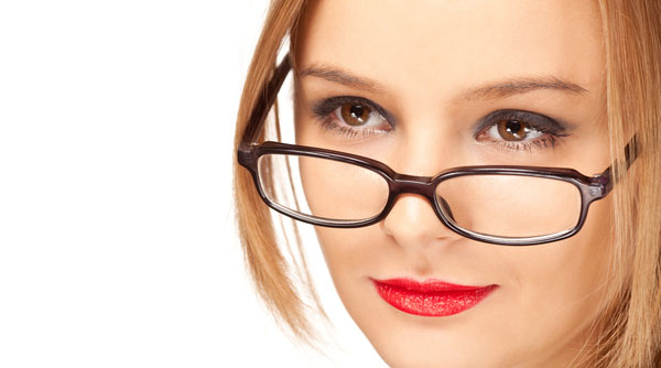 Cum sa arati fantastic purtand ochelari