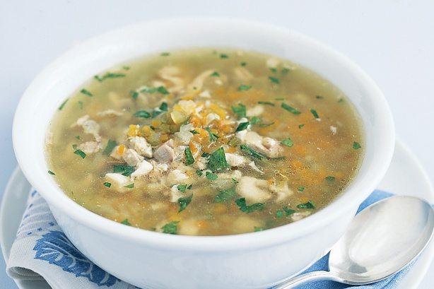 Supa din pulpe de pui cu legume