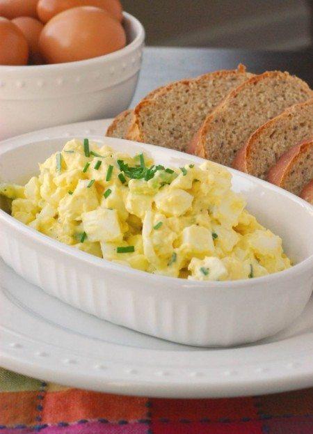 Salata clasica din oua