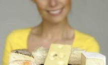 NU ar trebui să consumi acest tip de brânză NICIODATĂ! Află motivul!