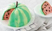 """Cel mai bun şi mai simplu desert pentru vară! Uimeşte pe toată lumea cu prăjitura """"pepene roşu"""""""
