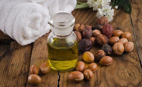 Top 10 beneficii ale uleiului de argan pentru piele si par