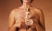 Asa ar arata papusa Barbie daca ar fi reala