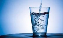 Ce greșeli faci atunci când bei apă
