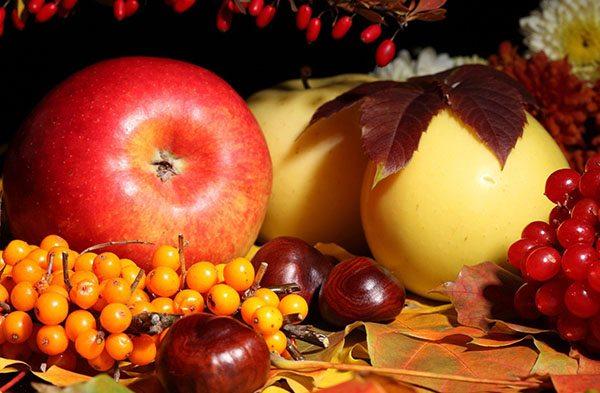 Cele mai bune fructe care trebuie consumate toamna și importanța lor