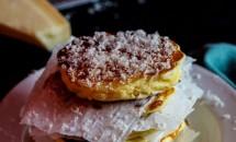 Clatite pufoase din porumb dulce