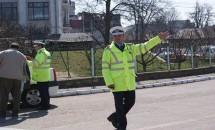 Iată când are voie sa te oprească polițistul rutier! Astea chiar nu le ştiai