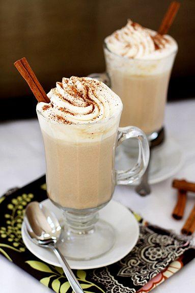 Ciocolata calda alba cu aroma de dovleac