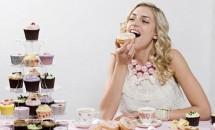 Detox cu prăjituri: Mănânci DESERT la fiecare masă şi SLĂBEŞTI