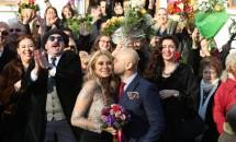 Mihai Mitoşeru s-a căsătorit astăzi, după 9 ani de relaţie!
