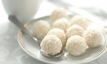 Bomboane fine cu nucă de cocos