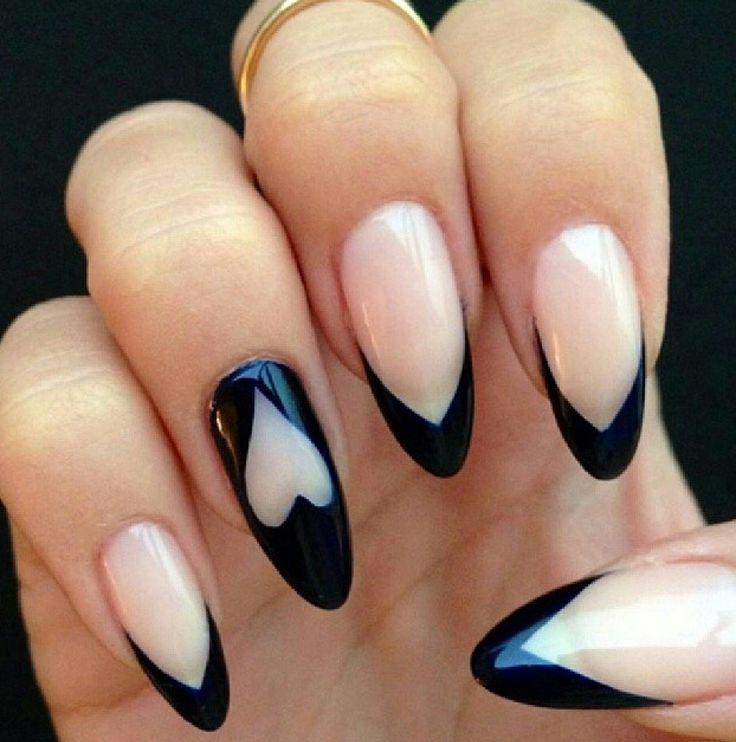 unghii negre cu inimioara