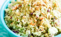 Salată de varză cu quinoa