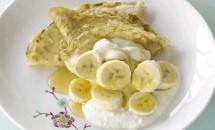 Clătite cu nucă de cocos și banane