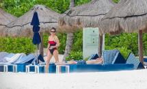 Catherine Zeta-Jones şi Michael Douglas, vacanţă în Mexic! Cum a fost surprins cuplul?