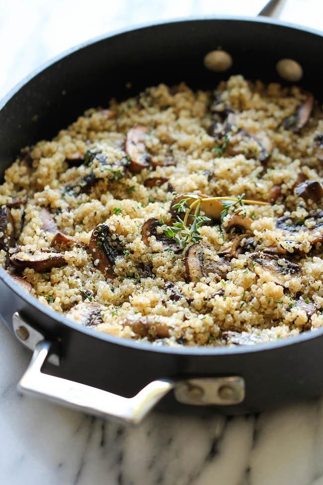 Quinoa cu ciuperci și usturoi