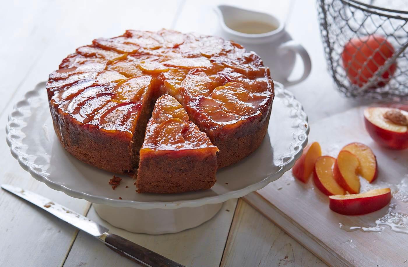 Tort cu nectarine