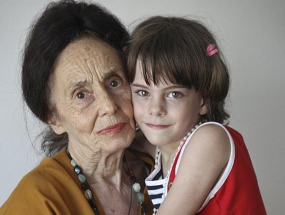 adriana-iliescu-de-72-de-ani-vrea-sa-fie-din-nou-mama-18410975