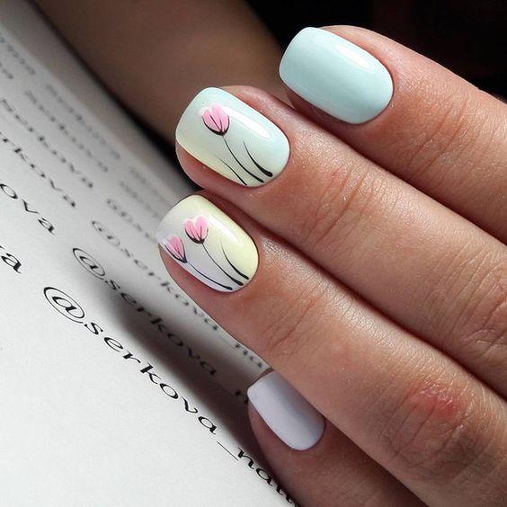 model unghii cu lalele