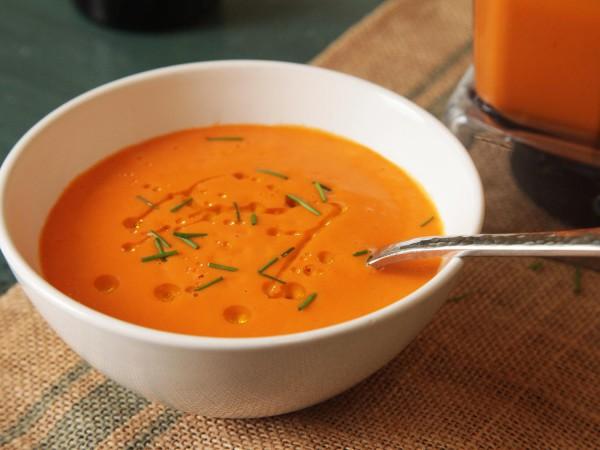 Supă-cremă de roșii