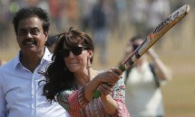 Cuplul regal, vizită în India! Imagini inedite cu Kate Middleton şi Prinţul William!