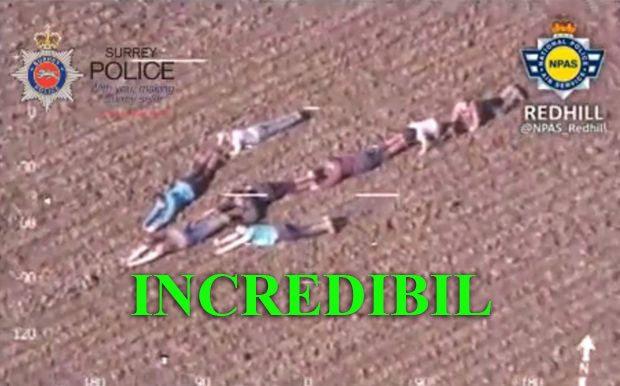 Incredibil ce au făcut niște copii în momentul în care au văzut un elicopter ce survola deasupra lor! Află ce semn au făcut aceștia și ce au vrut să transmită