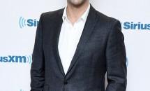 """David Schwimmer a povestit despre cum s-a schimbat viața sa după serialul """"Friends"""": """"M-au făcut să-mi doresc să mă ascund sub o şapcă de baseball!"""""""