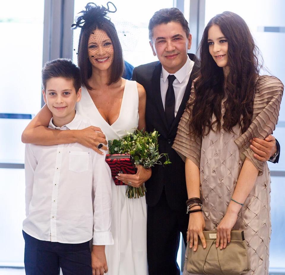 """Andreea Berecleanu, despre căsătoria cu medicul Costantin Stan: """"Implicarea lui în educaţia lor este totală, aşa cum se implică şi din punct de vedere emoţional, afectiv!"""""""